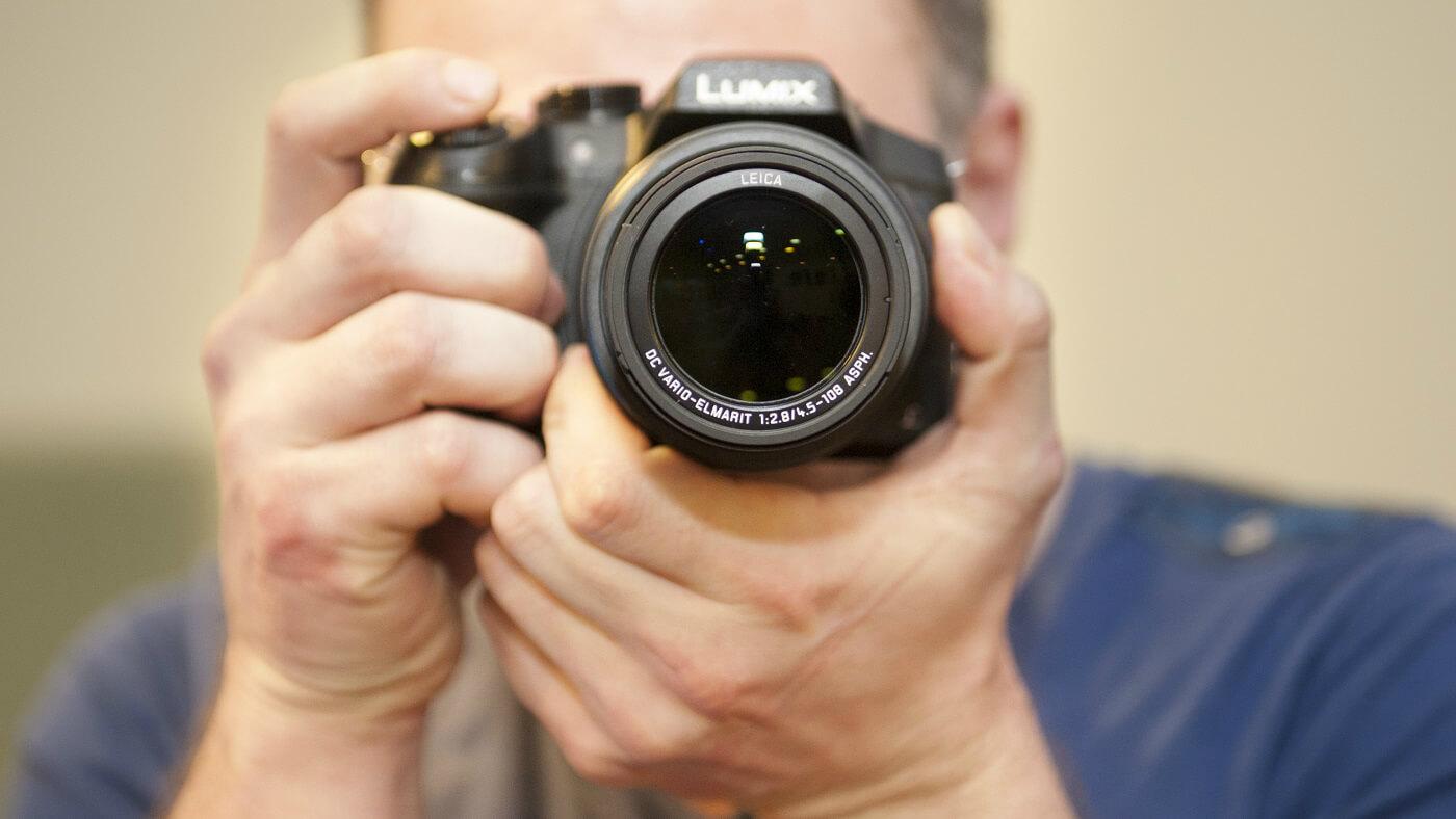 Lansare Panasonic Lumix GX8 si FZ300