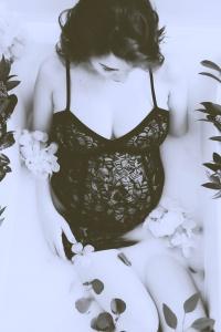 Ana Maresescu_alb negru